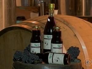 Suco de uva orgânico produzido no Vale do São Francisco (Foto: Reprodução/ TV Grande Rio)