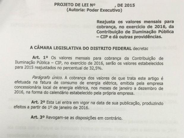 Projeto enviado pelo governo do DF à Câmara Legislativa reajusta taxa de iluminação pública em 32,5% (Foto: Reprodução)