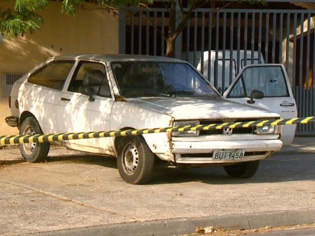 Policial militar estava dentro de carro quando três homens atiraram contra ele em Campinas (Foto: Reprodução/ EPTV)