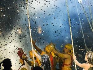 Espetáculo de rua une arte popular, erudita e teatro de rua com linguagem carnavalesca. (Foto: Alexandre Moraes/UFPA)