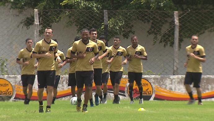 Botafogo-PB, treino do Botafogo-PB, na Maravilha do Contorno, Bota-PB, Belo (Foto: Reprodução / TV Cabo Branco)