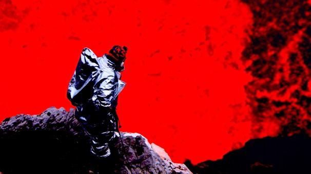 Pela primeira vez na história, brasileiros desceram até a cratera do vulcão Marum; você vê no Planeta Extremo (Foto: Globo)