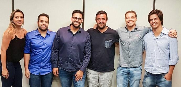 CNB assinatura contrato Akkari (Foto: Divulgação / CNB)