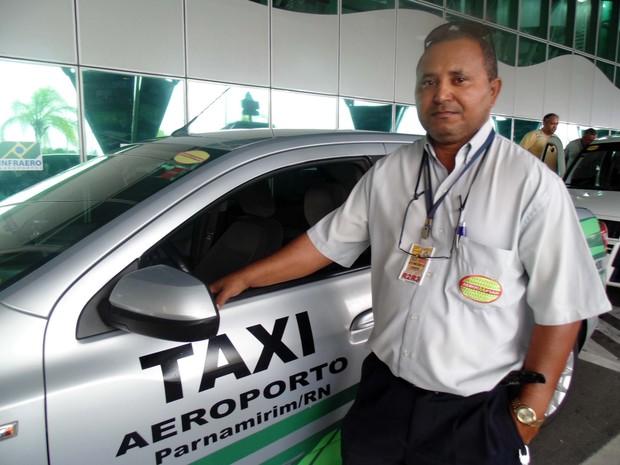 Taxistas afirmam que foram incentivados a trocar os carros para atender demanda da Copa do Mundo (Foto: Fernanda Zauli/G1)