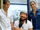 Vocalista do Chiclete com Banana se rende à musa baiana (Canto da Sereia / TV Globo)
