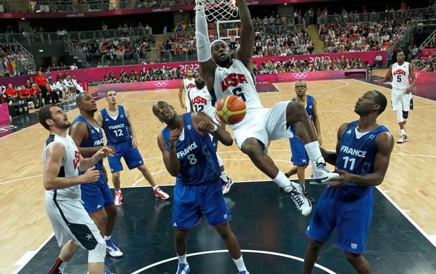 basquete lebron james EUA x  França londres 2012 olimpiadas (Foto: Reuters)