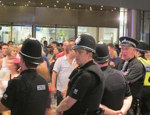 Policiamento tranquilo em Londres (Foto: Cahê Mota/Globoesporte.com)
