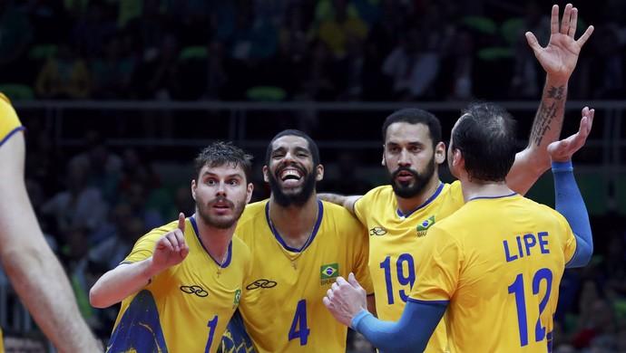 Bruninho Wallace Brasil Itália vôlei ouro Olimpíada (Foto  Yves Herman    Reuters) 73b443be0c9bf