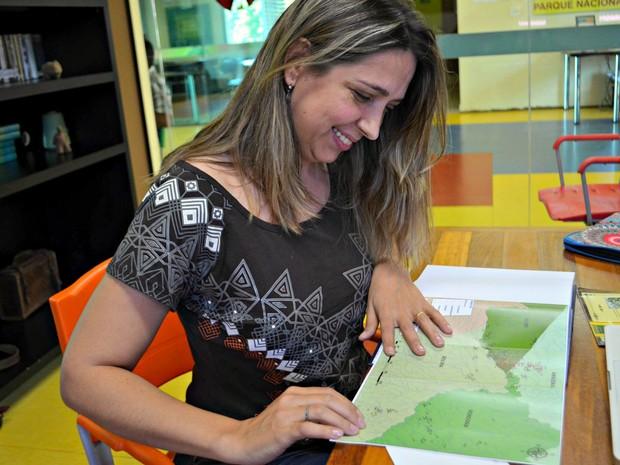 Ivandra conta que mapeou mais de 230 geoglifos no Acre durante pesquisa (Foto: Quésia Melo/G1)