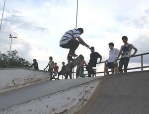 Alberico é veterano do skate em Porto Velho (RO) (Foto: Hugo Crippa/GLOBOESPORTE.COM)
