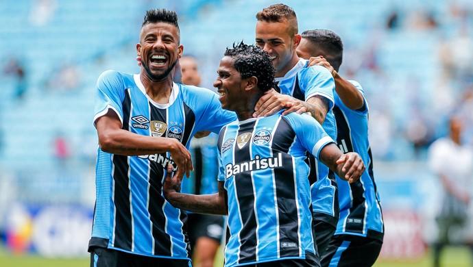 Bolaños marca contra o Veranópolis (Foto: Lucas Uebel / Grêmio, DVG)