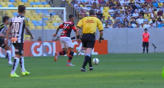 dois golaços (Marcos Ribolli)