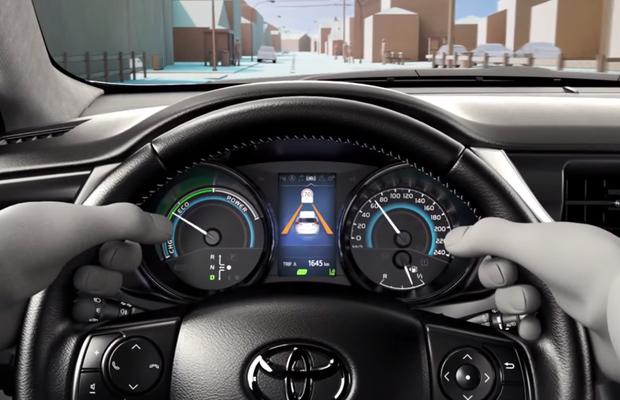 Corolla reestilizado aparece em vídeo sobre novo sistema ...
