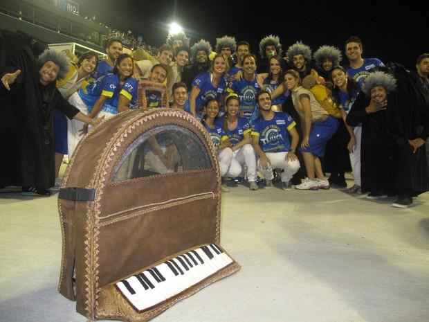 Comissão de frente utilizou coreografia dos anos anteriores para despistar público (Foto: Isabela Marinho/ G1)
