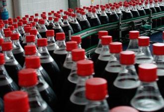 Linha de produção de Coca-Cola, em Belo Horizonte  (Foto: Divulgação)