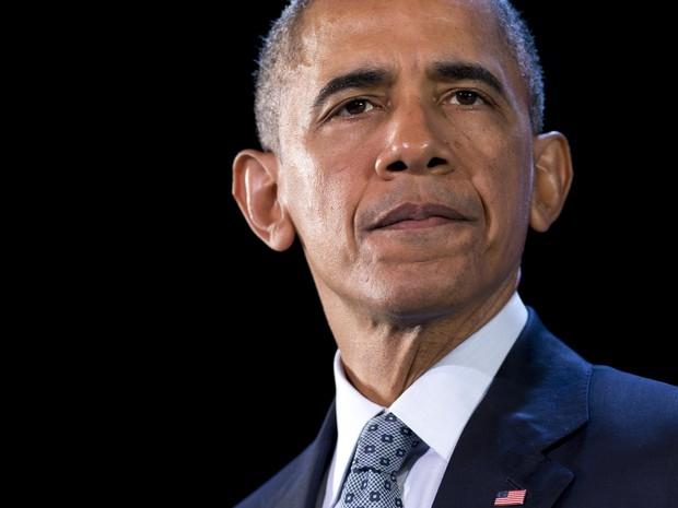 O presidente dos Estados Unidos, Barack Obama, fala durante conferência em Manila, nas Filipinas, nesta quarta-feira (18) (Foto: Saul Loeb/AFP)