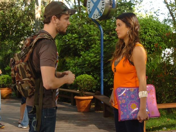 Maria Eduarda Machado contracena com Gabriel Wainer, em Malhação (Foto: Fabrício Mota / TV Globo)
