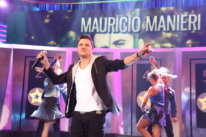 Maurício Manieri empolga a plateia no quadro 'Ding Dong', do 'Domingão do Faustão' (Foto: Carol Caminha / Gshow)