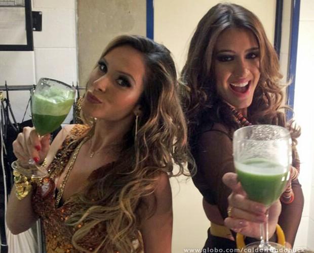 Eloah e Geórgia provam suas receitas (Foto: Caldeirão do Huck/TV Globo)