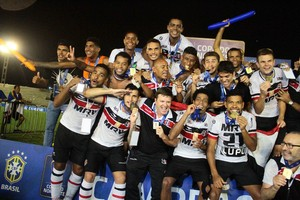 Santa Cruz campeão Copa do Nordeste (Foto: Marlon Costa / Pernambuco Press)