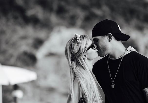 Paris Hilton e Chris Sylka (Foto: Reprodução/Instagram)