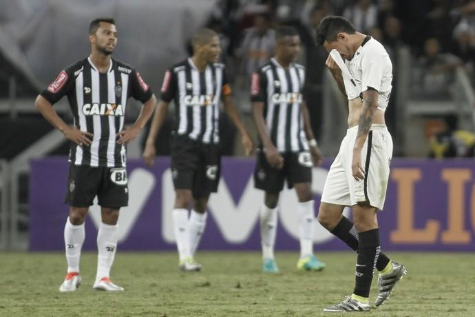 Pedro Henrique Corinthians Atlético-MG (Foto: THOMAS SANTOS/ESTADÃO CONTEÚDO)