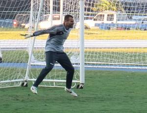 Treino Diego Cavalieri Fluminense (Foto: Thiago Benevenutte)