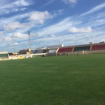 Estadio Adauto Moraes (Foto: Divulgação)