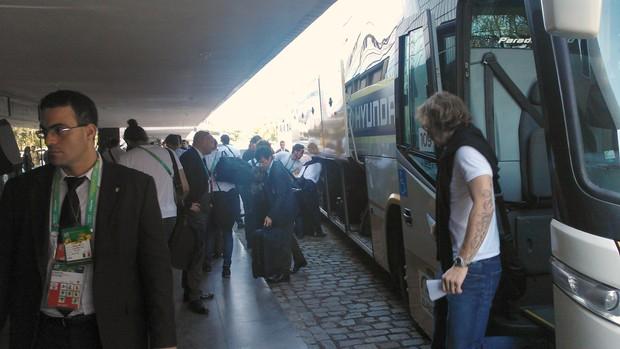 Itália, chegada, fortaleza, ônibus, diamanti (Foto: Juscelino Filho)
