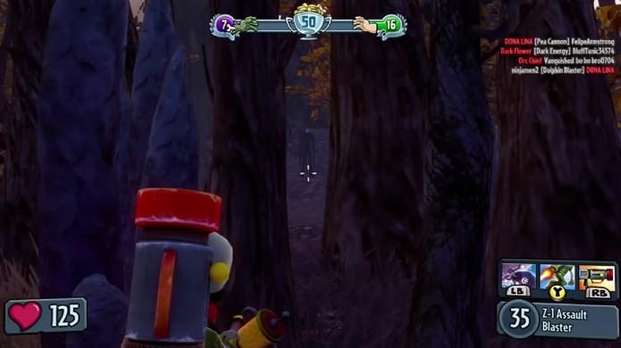 Slender Man repousa entre as árvores sem poder dar maiores sustos no jogador (Foto: Reprodução: YouTube)