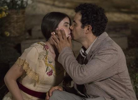 Mafalda e Zé dos Porcos se beijam!
