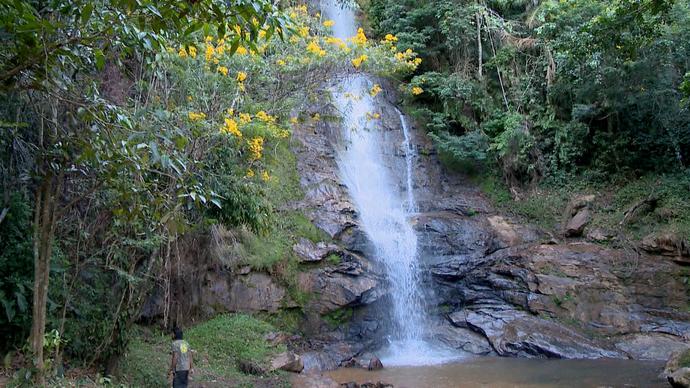 Uma das cachoeiras de Alfredo Chaves (Foto: Divulgação / TV Gazeta ES)
