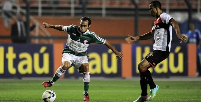 Valdivia Palmeiras Vitória (Foto: Marcos Ribolli)