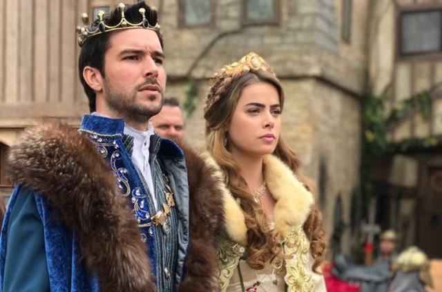 Bernardo Velasco e Rayanne Morais em 'Belaventura' (Foto: Divulgação)