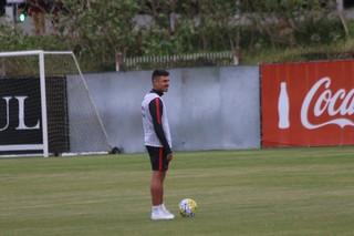 Alex, meia, Inter (Foto: Tomás Hammes / GloboEsporte.com)