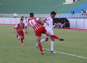 Copa Antônio Aquino de Futebol Sub-17 no estádio Florestão (Foto: João Paulo Maia)