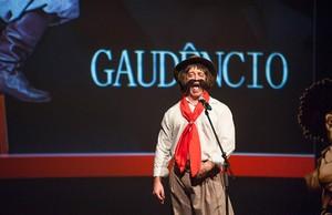 Cris Pereira Mistura com Rodaika Gaudêncio (Foto: Edu Defferrari/Divulgação)