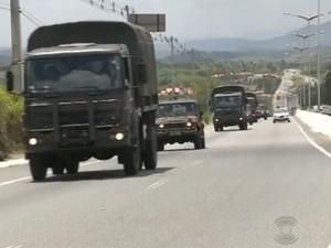 Tropas Federais chegaram nesta sexta-feira (4) a Campina Grande para Eleições 2014 (Foto: Reprodução/TV Paraíba)