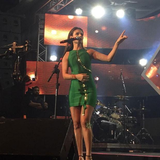 Paula Fernandes se apresenta em prêmio na cidade de Canela, no Rio Grande do Sul (Foto: Instagram/ Reprodução)