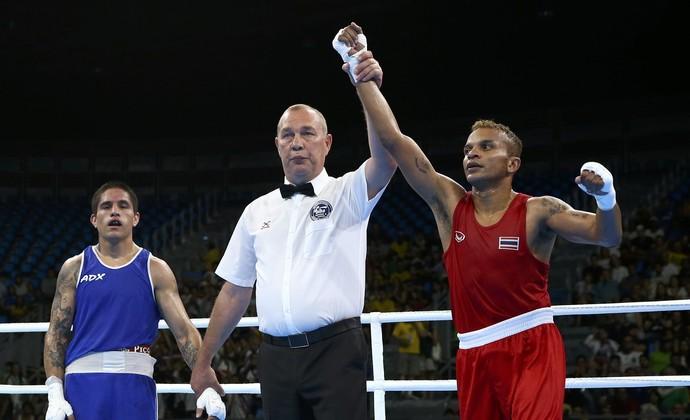 Amnat Ruenroeng boxe Tailândia Olimpíada Rio 2016 (Foto: Peter Cziborra/Reuters)