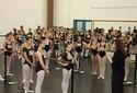 Adolescentes passam por 'vestibular da dança', no Bolshoi, durante Festival