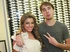 Olin Batista e Babi Rossi curtem a noite em boate do Rio