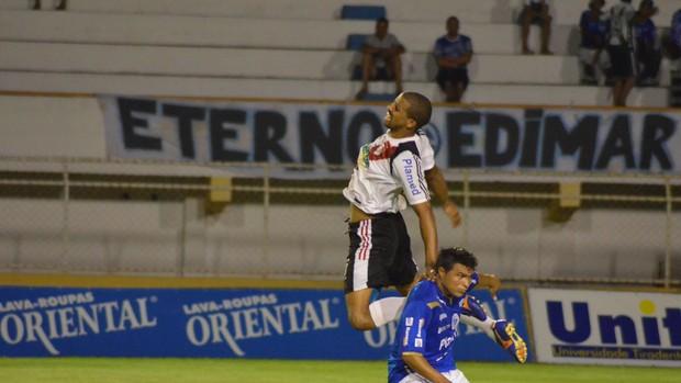 River Plate segue sem conseguir vencer (Foto: João Áquila/GLOBOESPORTE.COM)