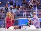 Ticiane Pinheiro leva torta na cara em programa de TV