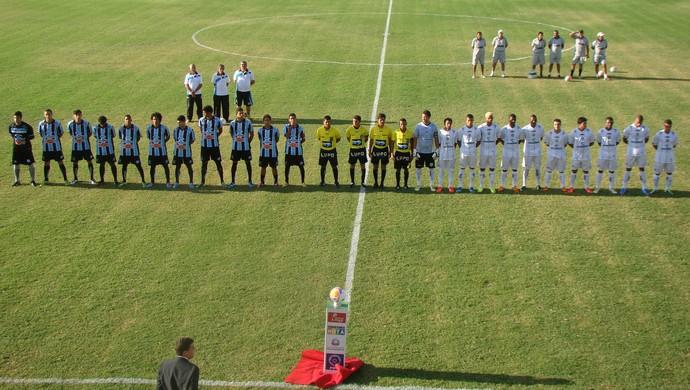 Na abertura do estadual, Porto-PE e Central-PE empatam no Lacerdão  (Foto: André Vinícius / GloboEsporte.com)