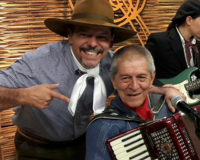Neto Fagundes e Albino Manique Galpão Crioulo (Foto: Arquivo Pessoal)