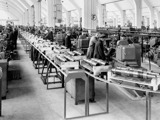 BMW chegou a usar prisioneiros da Segunda Guerra em fábrica (Foto: Divulgação)