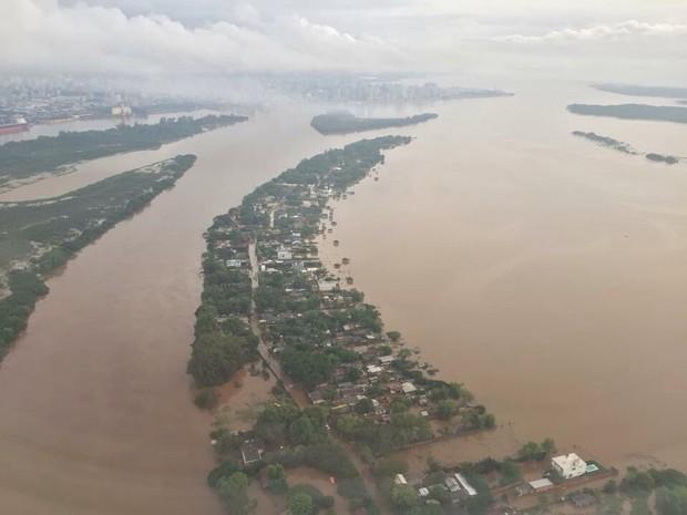 Água acumulada na Zona Norte de Porto Alegre (Foto: Tironi Paz Ortiz/divulgação)