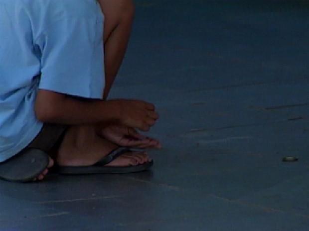 Mesmo com tantas pessoas na fila, processo de adoção em Rio Preto é demorado (Foto: Reprodução / TV Tem)