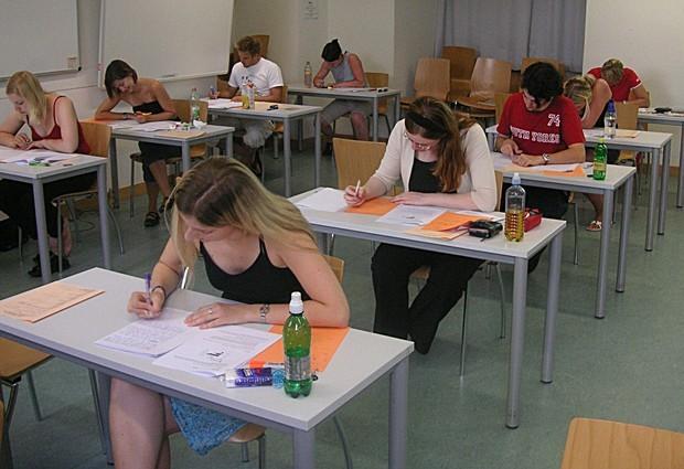 Redação exige que candidato elabore propostas de solução (Foto: Wikimedia Commons)